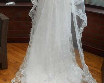 Free Worldwide Shipping Long wedding veil all white lace edged embroidered cathedral train