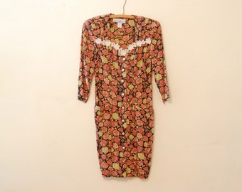 Floral Print Dress with White Lace Applique - 1980s