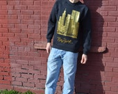 Wicked Awesome Vintage 90's New York City Gold Design Pullover Large Sweatshirt / Twin Towers