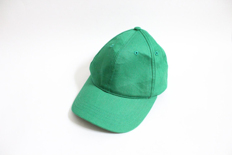 minimal green 90s baseball cap