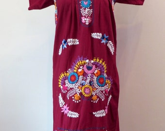 Vintage 1960's burgundy mexican floral embroidered muumuu festival dress XS S