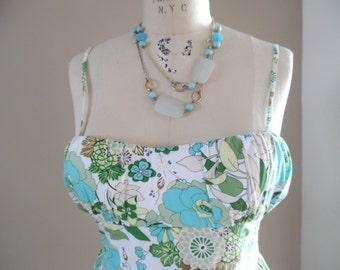 Vintage Light and Breezy Floral Print Spring into Summer Vintage Sun Dress