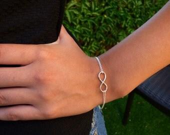 Infinity Bracelet, Double chain Infinity Bracelet, Silver Infinity Bracelet, Double Sterling Silver Chain On Infinity charm, Silver Bracelet