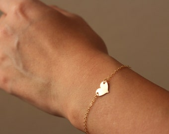 Personalized Heart Bracelet / Gold Heart Bracelet / Personalized Mother's Day Gift