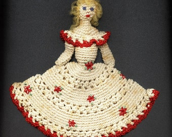 1940s Vintage Hand Made Crochet Doll
