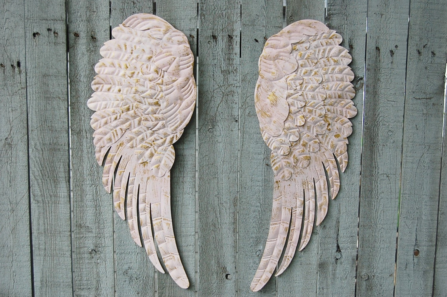 angel wings shabby chic pink gold large metal upcycled. Black Bedroom Furniture Sets. Home Design Ideas