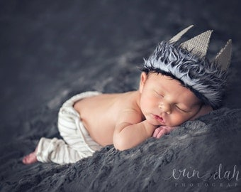 Newborn boy Photo prop Wild things Max crown in grey, newborn boy hat, newborn boy  photo prop , Max Costume, grey wolf crown