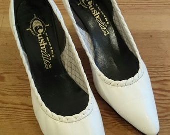 Original Vintage White Late 50s Early 60s Cushniks Stiletto Heel Shoes - UK Size 3 to 3.5