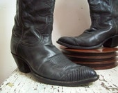 Vintage cowboy boots Tony Lama mens size 9 D snake skin toes charcoal grey black western boots