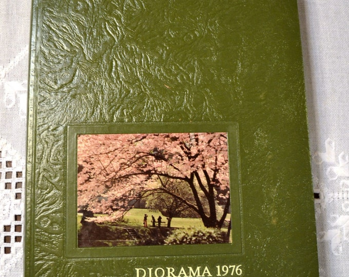 Yearbook University of North Alabama 1976 Diorama Vintage Used Book Craft Supplies Vintage Decor PanchosPorch