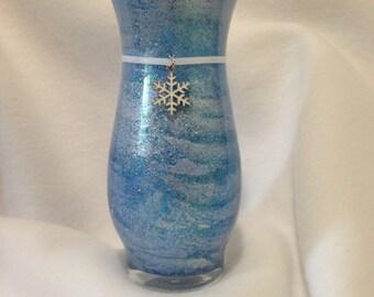 Snowflake Glass Vase - Winter Snowflake Vase - Blue Winter Snowflake Vase - Winter Snowflake Home Decor - Winter Wedding Snowflake Decor