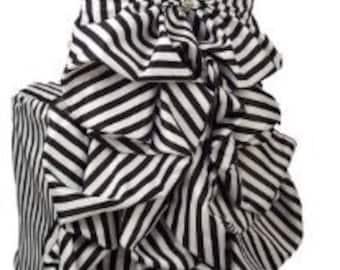 Beautiful Black and White Stripe Chair Cover - Chiavari Chairs