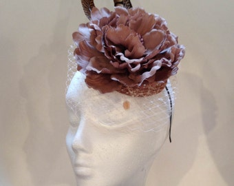 Flower headdress with feathers