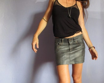 Mini skirt in grey vintage leather