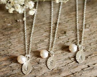 Colliers de demoiselle d'honneur, ensemble de 1,2,3,4,5,6, demoiselle d'honneur personnalisé bijoux, perles demoiselle d'honneur cadeau, d'eau douce perle, argent sterling initiale