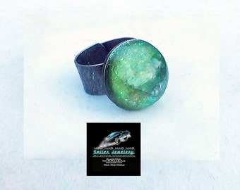 "Green ring made with ""It's a Mad, Mad, Mad, Mad World"" authentic movie artifact car glass."