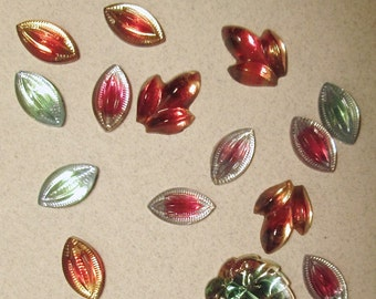 Destach of Vintage Glass Glitterback Cabochons