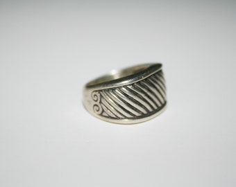Size 7.25   Sterling Silver Ring Free US Shipping