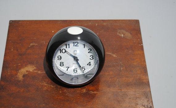 Adriatic clock black alarm clock cool atomic bubble for Amazing alarm clocks
