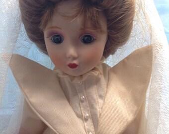 Vintage Bride Doll, Danbury Mint, Gibson Girl Bride,Original Box