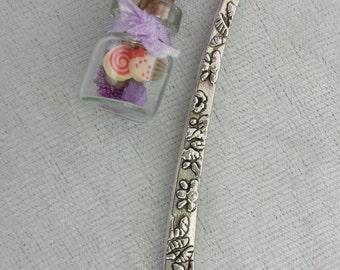 Lilac Cupcake Bottle Bookmark
