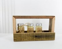 Wood crate / glass jar holder. Wedding decoration for little flowers / condiments / nik naks