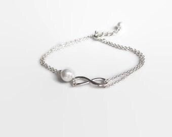 Infinity bracelet, bridesmaid gift, bridesmaid bracelet, Infinity pearl bracelet, UK Seller, bracelet UK