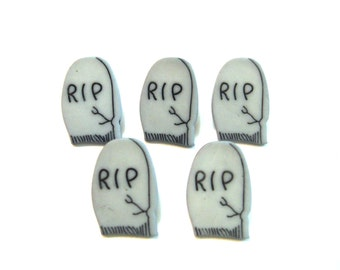 Halloween RIP Tombstone Buttons Galore Graveyard Set of 5 Shank Back - B