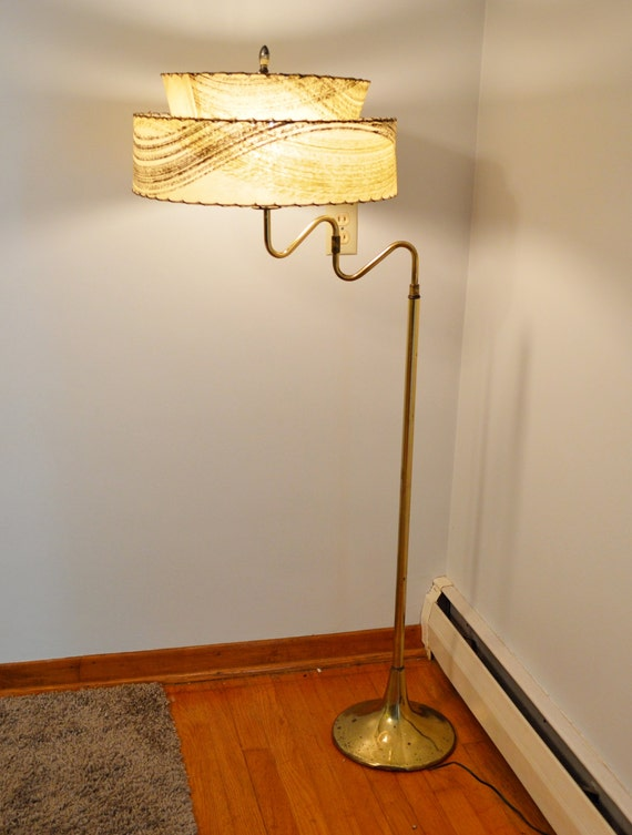mid century floor lamp with 2 tier rice by dirtygirlsantiques. Black Bedroom Furniture Sets. Home Design Ideas