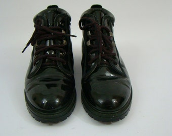 Black Charol Boots For Women 7 1/2
