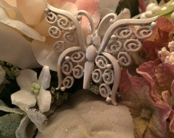 Lovely Vintage Trifari Butterfly Pin Brooch White Enamel