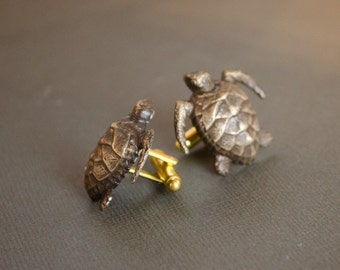 Sea Turtle Cufflinks Men's Cufflinks Nautical Steampunk Cufflinks Gifts for Him Men's Gifts Antique Brass Vintage Style Statement Cufflinks
