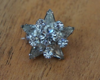 Vintage  Jewelry Brooch Pin Silver Tone CZ Rhinestone / Flower/ White / Clear/ Shiny / F-046