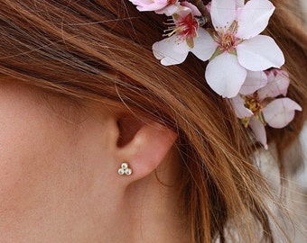 Gold Stud Earrings - Tiny studs - Bridesmaids gift -  Gold Earrings