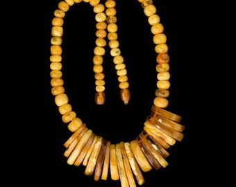 Vintage Baltic Butterscotch amber fringe necklace, 1970s. (nlbd1196)