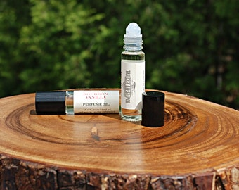 Bourbon Vanilla perfume oil,  A rich, warm blend of madagascar vanilla, cedarwood, musk and lemon. Roll on perfume oil.