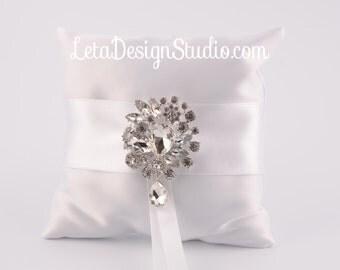 Wedding ring bearer pillow  Rhinestone pillow White ring pillow Crystal Ring Bearer Pillow Elegant ring pillow Ring Pillow