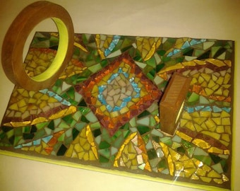 mosaic wine holder