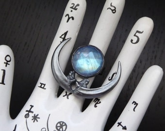The Raven Moon Ring - Moonstone