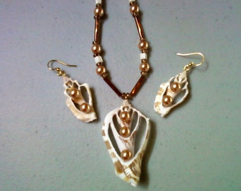 Seashell Necklace and Earrings (0476)