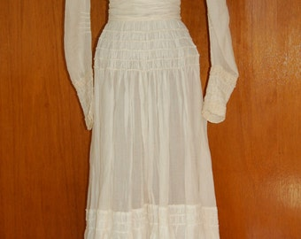 Edwardian Summer 2-Piece Lace Trim Crisp Cotton Dress with Sash