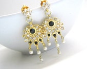 Black,White And Gold Chandelier Pearl Earrings,Pearl Earrings,Stone Earrings