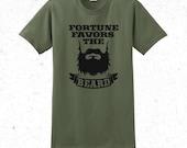 Men's Beard t-shirt - Fortune favors the beard
