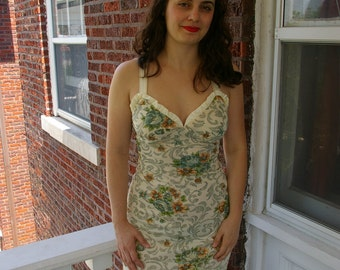 70's Dreamy Floral Dress