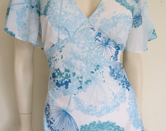 Stunning 70's Full Length Ice Queen Maxi Dress / Medium Large / Butterfly Sleeves / Boho