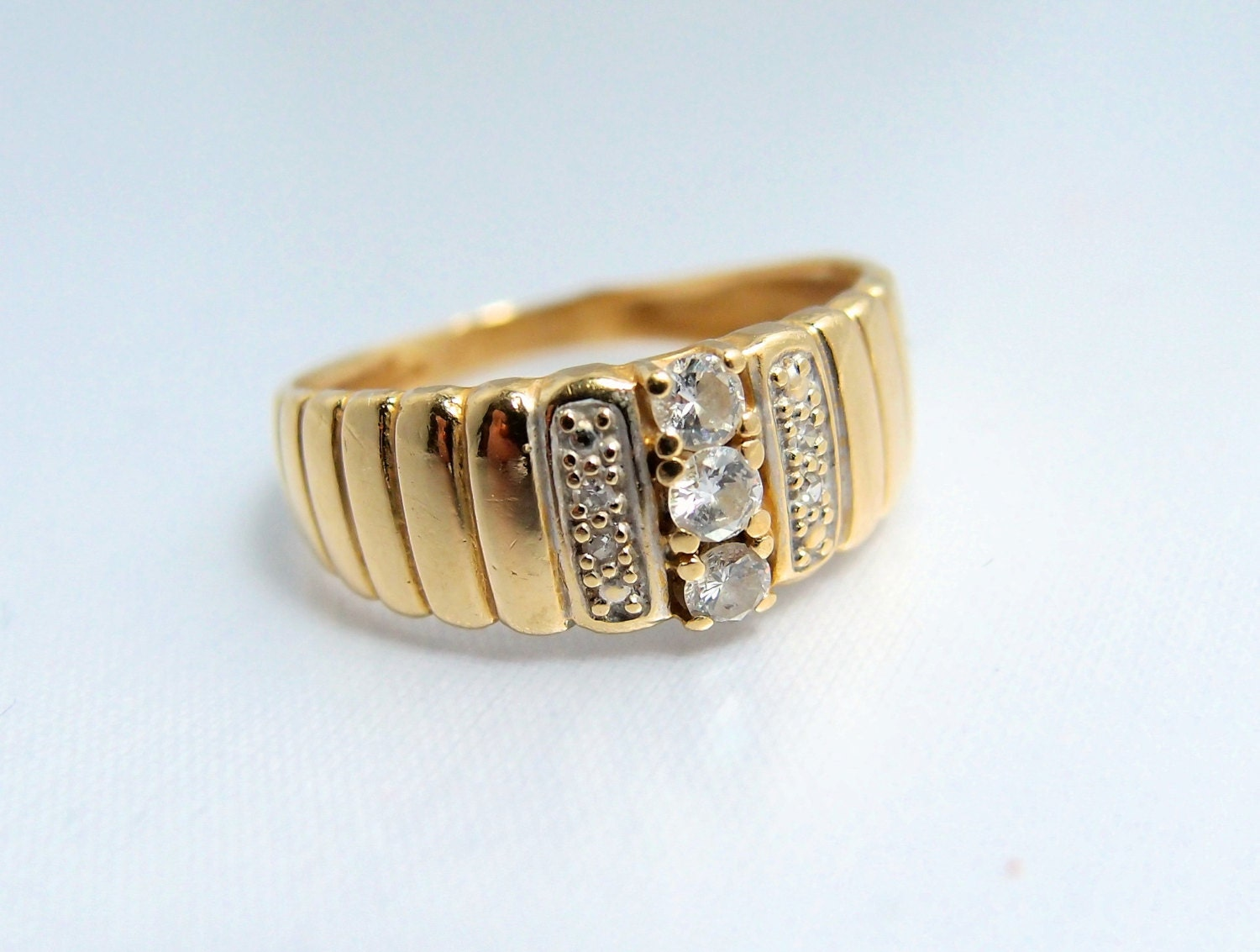 Retro 18k solid gold diamond fluted band french stamped gold for Diamond stamp on jewelry