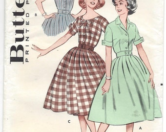 1960s Butterick #9261 Misses Daytime Dress, Full Skirt, 2 Sleeve Styles, Collar or Scoop Neck, Size 12 Bust 32, UNCUT FF Sewing Pattern