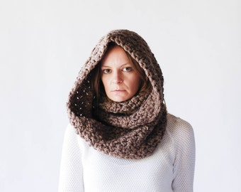 Chunky Infinity Scarf Cowl / THE OREGON / Barley