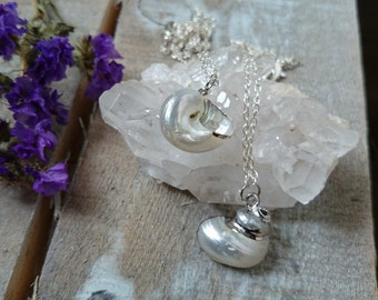 SILVER SHELL - necklace with silver dipped shell pendant