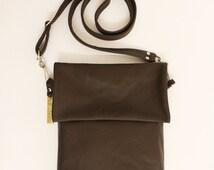 Unisex leather messenger bag / Shoulder bag / Everyday bag / Simple / Unisex
